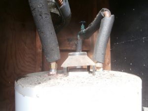 Water heater missing flue pipe